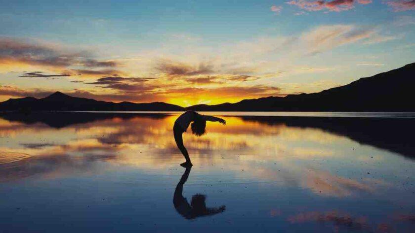 Comment pratiquer le yoga seul