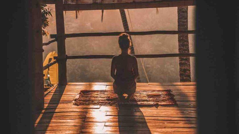 Yoga comment faire la chandelle